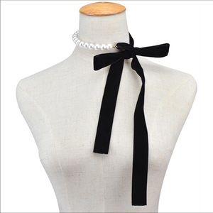 Jewelry - 🎀🎀 Cute Wrap Me Up Pearl Choker 🎀🎀